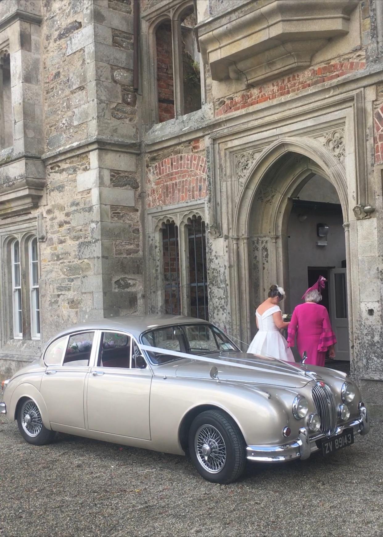 Our perfect Jaguar wedding at Sword's Castle, Dublin